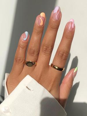 Estas son las 10 tendencias de uñas que verás este verano